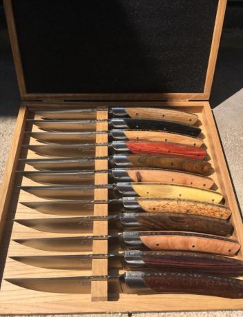 Coffret De 12 Couteaux De Table Le Thiers De Chambriard Multi Bois
